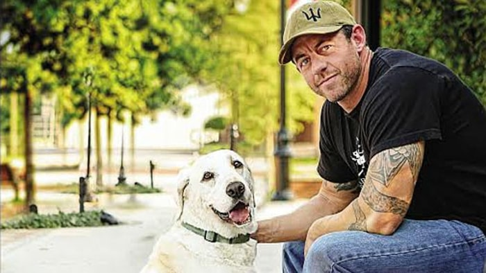 mike ritland with dog